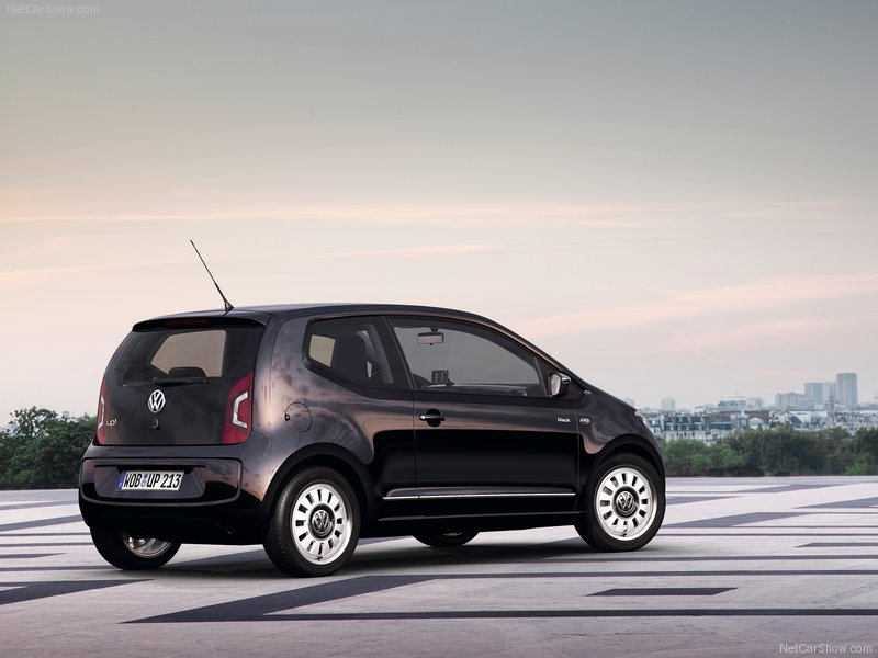 Volkswagen-Up_2013_800x600_wallpaper_47