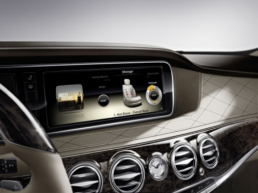 Command ONLINE / Quelle: Daimler