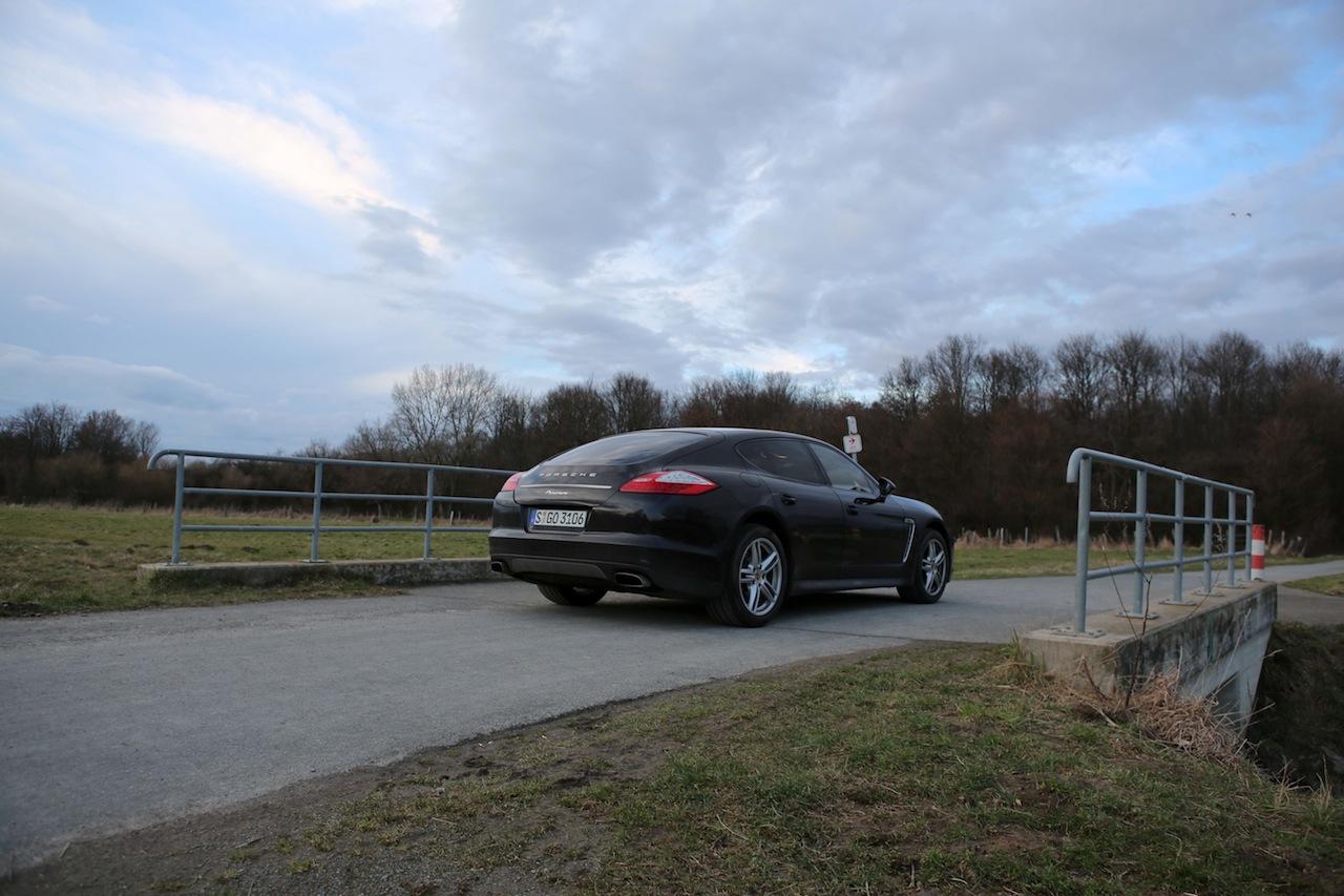 Porsche Panamera 66740