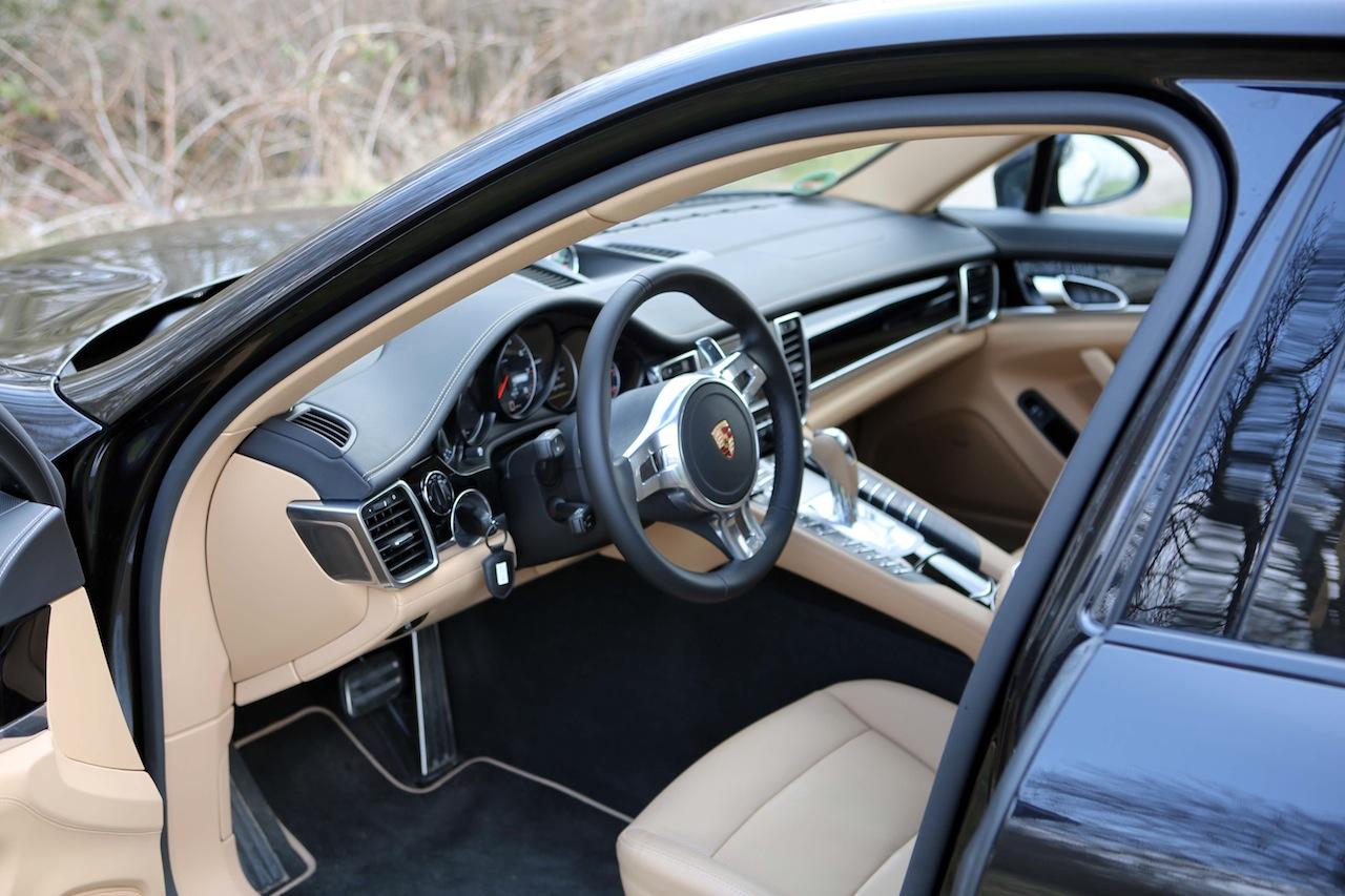 Porsche Panamera 68440