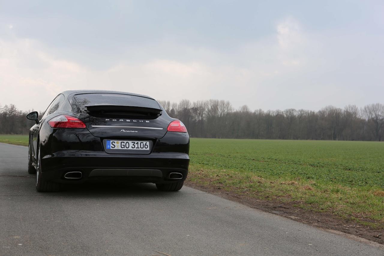 Porsche Panamera 68960
