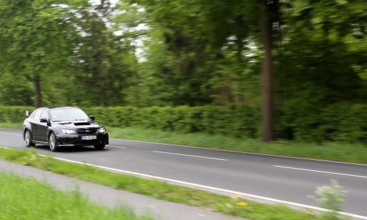 Subaru WRX Fahrt front2