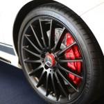 AMG Bremssättel und Scheiben