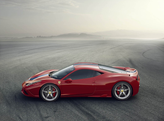 ferrari-458-speciale-side-view