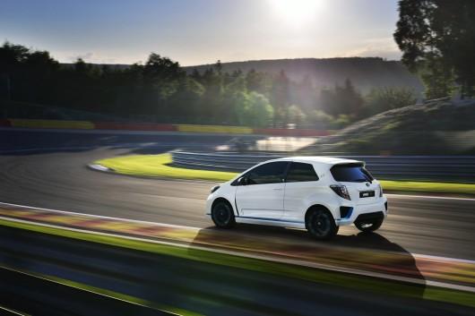 420HP Toyota Yaris Hybrid-R Concept - 12