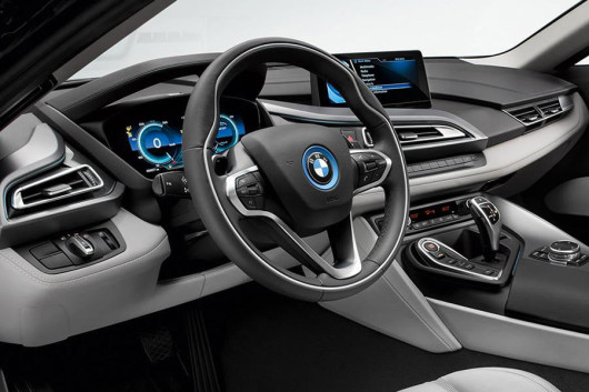 die ersten fotos des bmw i8. Black Bedroom Furniture Sets. Home Design Ideas