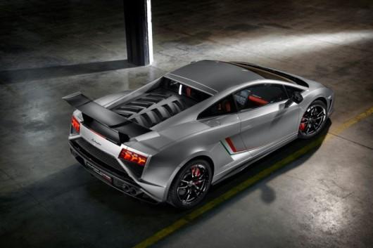 Lamborghini-Gallardo-LP-570-4-Squadra-Corse-IAA-2013-729x486-7d2e54410b594177