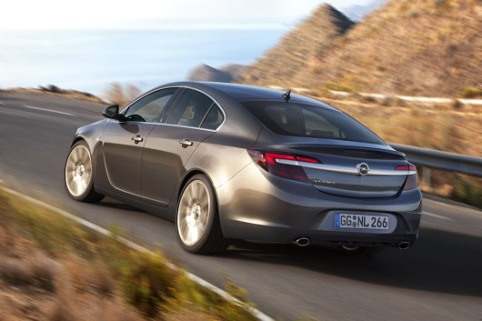 Opel-Insignia-286330