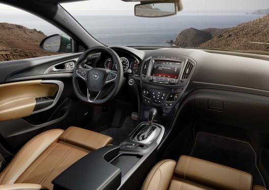 Opel-Insignia-286343