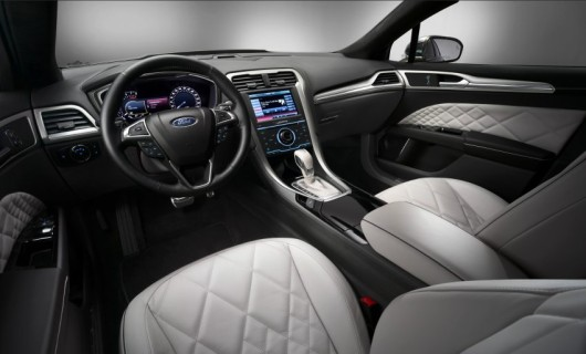 2013 / Ford Vignale