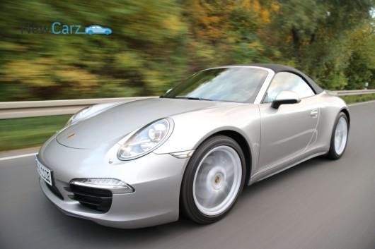 Porsche 911 - Carrera 4 - Cabrio - Fahrtaufnahme