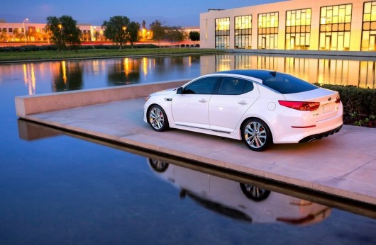 Kia-Optima_2014_1280x960_wallpaper_14