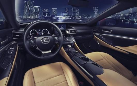 Lexus_RC_interior__mid