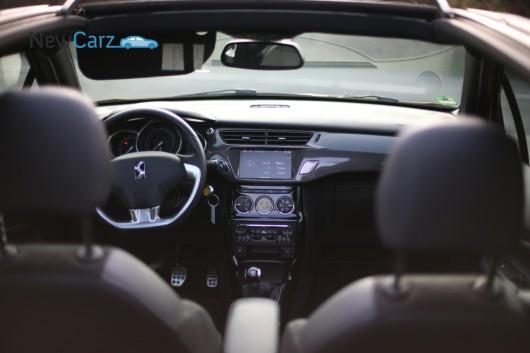 NewCarz-Citroen-DS3-Cabrio-Fahrbericht-673