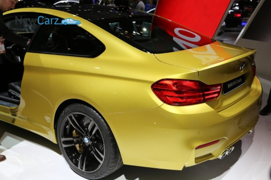 NewCarz-BMW-M3-M4-Detroit-NAIAS-2014-51
