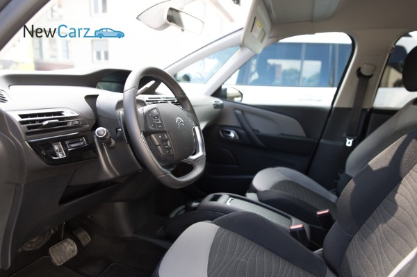 NewCarz-Citroen-Grand-C4-Picasso-713