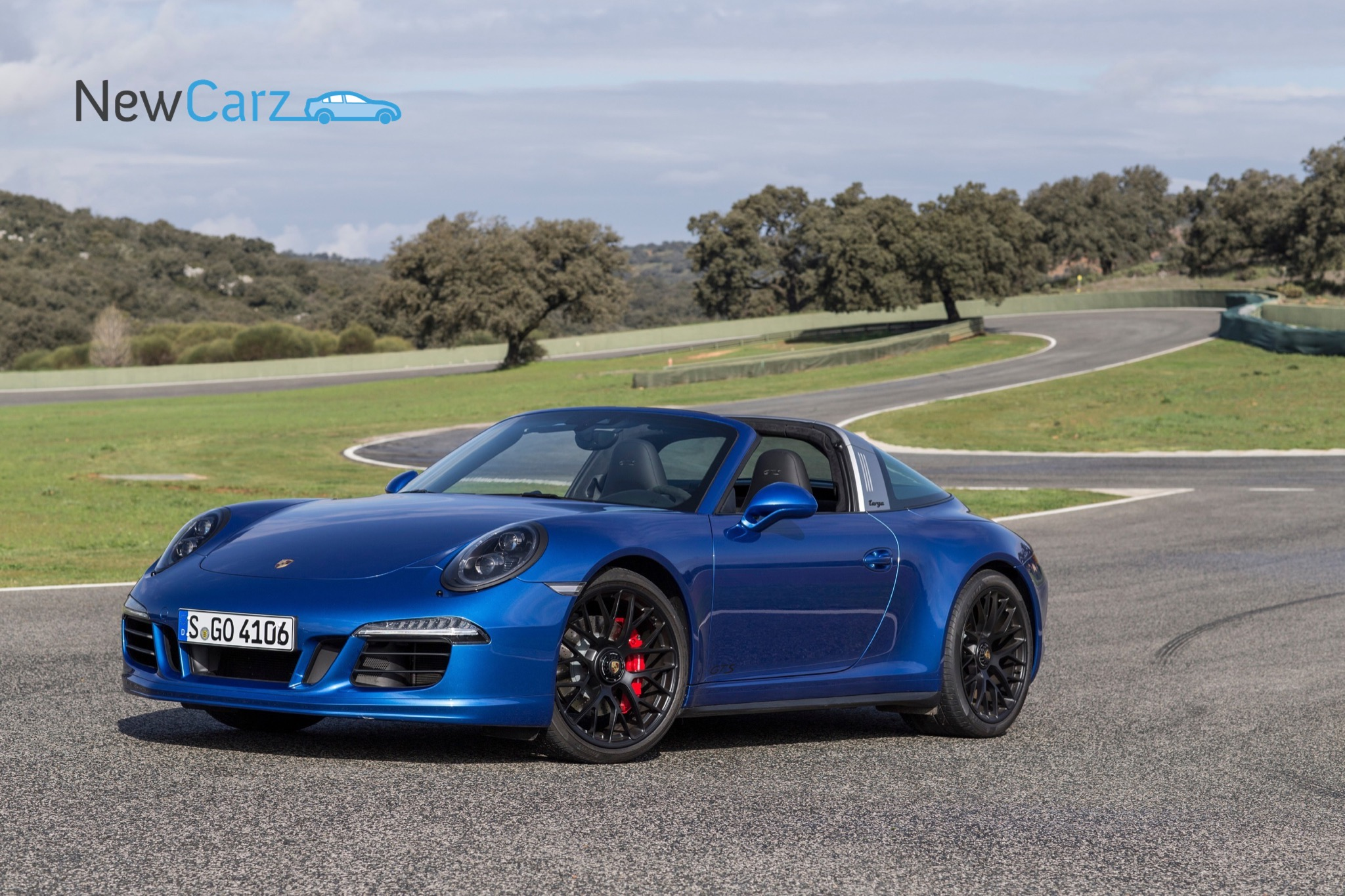 porsche 911 targa 4 gts fahrbericht newcarz. Black Bedroom Furniture Sets. Home Design Ideas