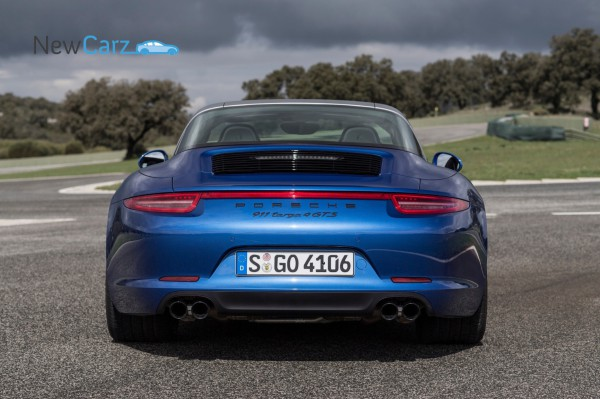 NewCarz-Porsche-911-Targa4-GTS-Ascari-517