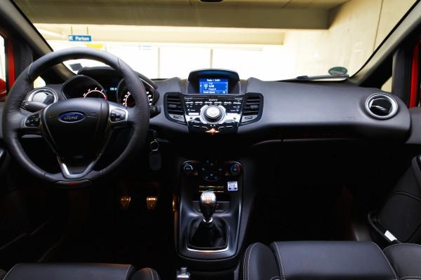 NewCarz-Ford-Fiesta-ST-207