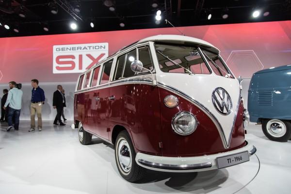 NewCarz-Volkswagen-T6-Bulli-232