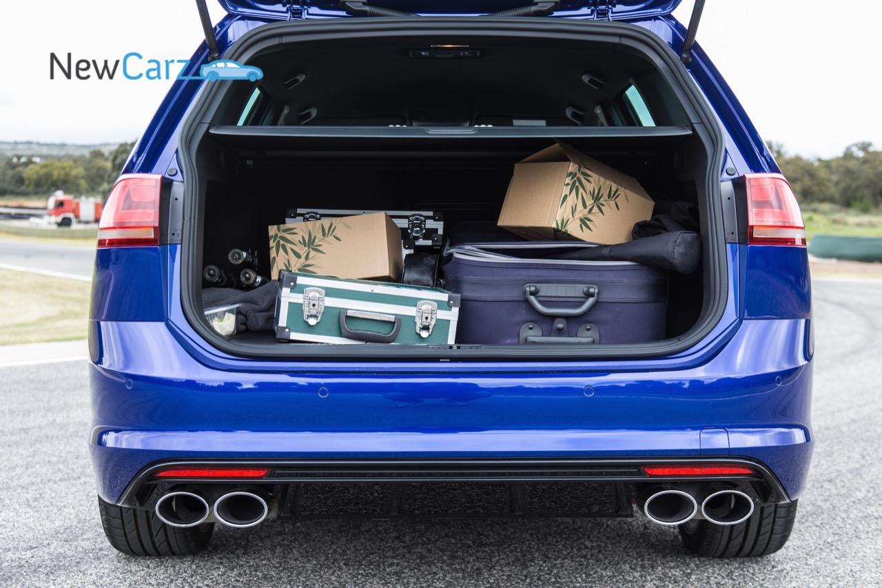 newcarz volkswagen golf r variant fahrbericht 123. Black Bedroom Furniture Sets. Home Design Ideas