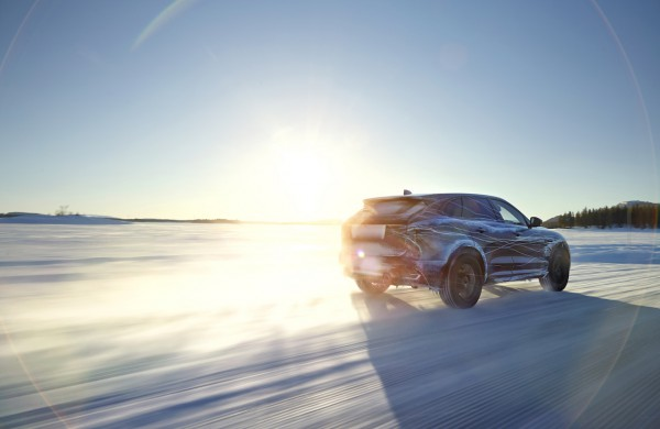 Jaguar-F-Pace-News-Newcarz3