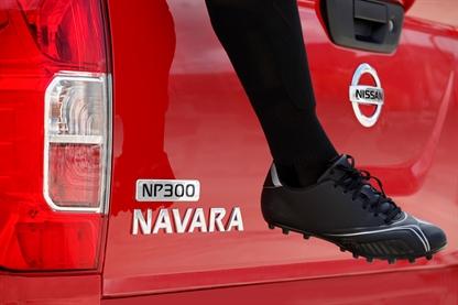 NewCarz-Nissan-P30-Navara