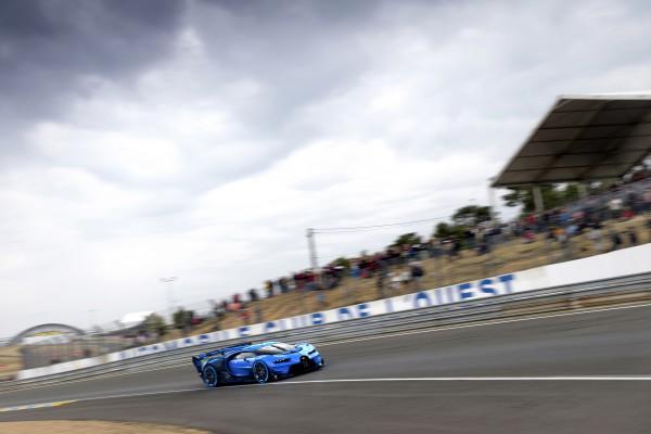 05_Bugatti-VGT_racing_WEB