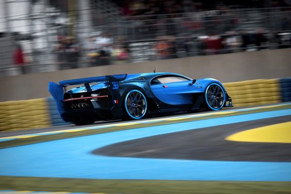 06_Bugatti-VGT_racing_WEB