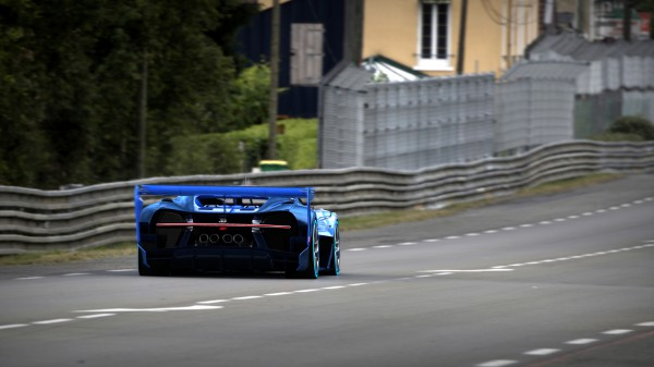 09_Bugatti-VGT_racing_WEB