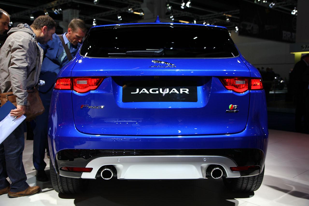 jaguar f pace der performance suv mit raubtier genen. Black Bedroom Furniture Sets. Home Design Ideas