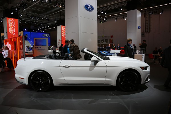 Ford Mustang Convertible V8 5.0