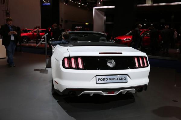 Ford Mustang Convertible V8 5.0 Heckansicht
