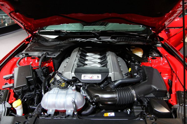 Ford Mustang Convertible V8 5.0 Engine