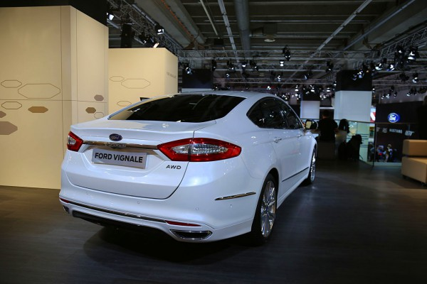 NewCarz-Ford-Vignale (7)