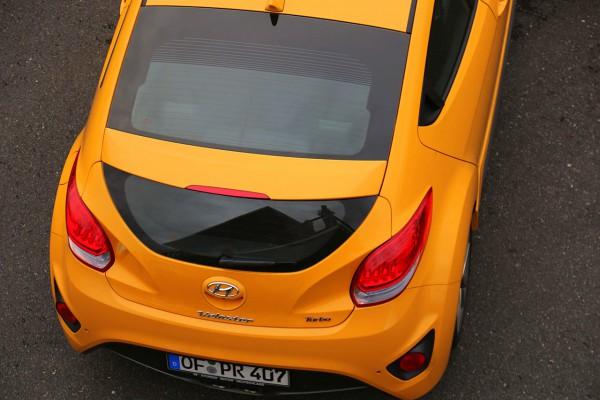 NewCarz-Hyundai-Veloster (20)