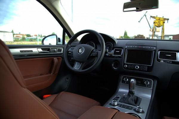 NewCarz-VW-Touareg (11)