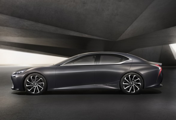 NewCarz-Lexus-LF-FC-07
