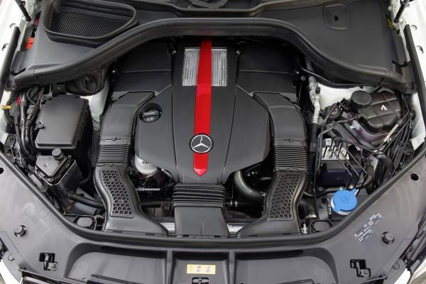 Kraftwerk - Unter der Haube verrichtet ein Dreiliter V6-Biturbo seine Arbeit