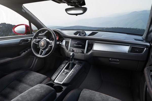 NewCarz-Porsche-Macan-GTS-04