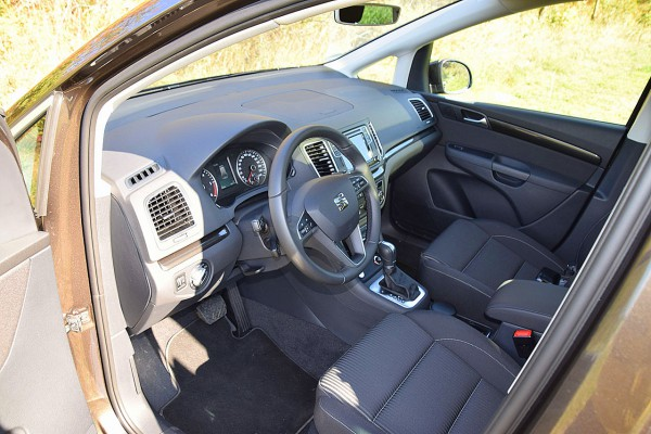NewCarz-SEAT-Alhambra (39)