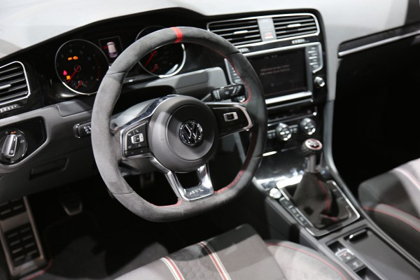NewCarz-VW-Golf-GTI-Clubsport (4)