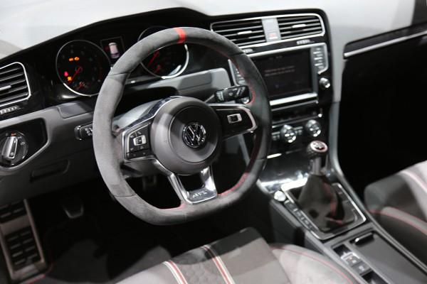 NewCarz-VW-Golf-GTI-Clubsport (4)