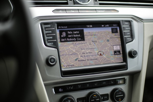 """Denken Sie groß - Das """"Discover Pro"""" wartet mit einem 20,3 cm Touchscreen auf"""