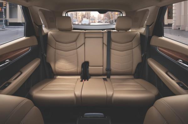 NewCarz-Cadillac-XT5-03