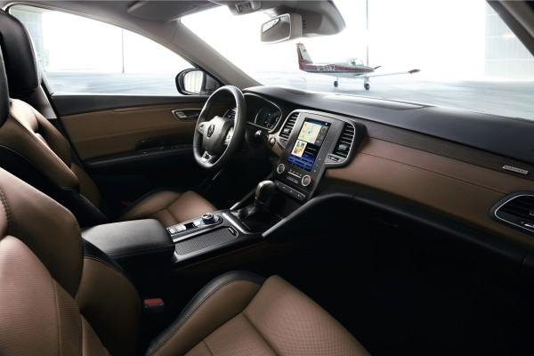 NewCarz-Renault-Talisman-07