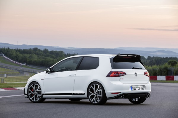 NewCarz-VW-Golf-GTI-Clubsport-05