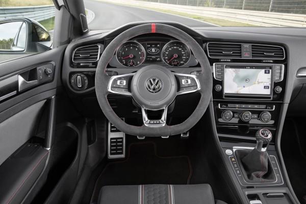 NewCarz-VW-Golf-GTI-Clubsport-06