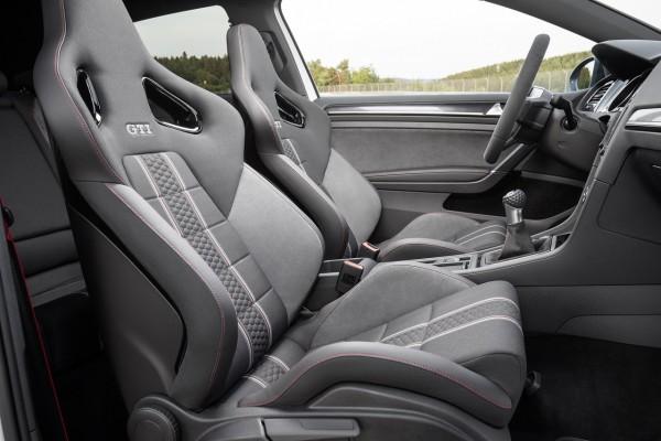 NewCarz-VW-Golf-GTI-Clubsport-07