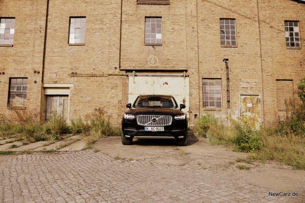 NewCarz-Volvo-XC90-2015 (23)